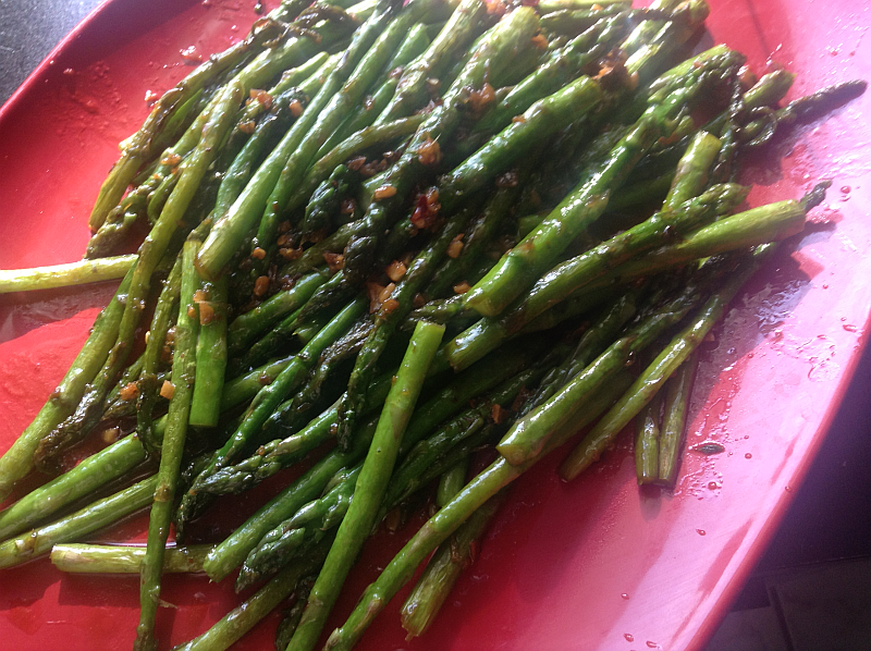 Stir Fried Asparagus with Garlic