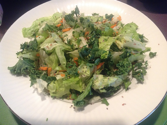 Salad with Chia Seeds and Kale