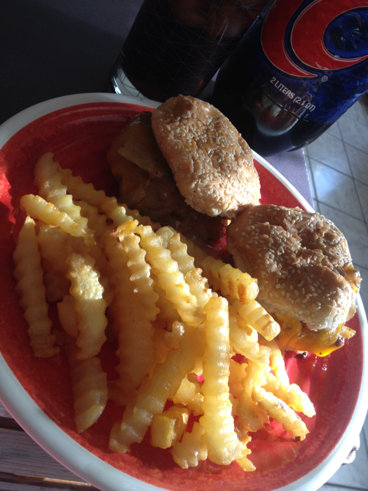 Best Cheeseburgers and Crinkle Fries