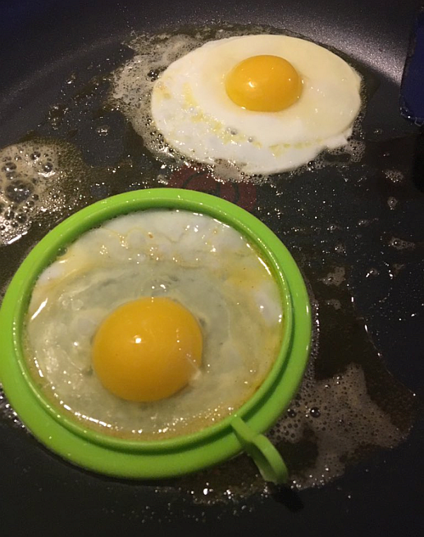 Eggs with Silicone Ring