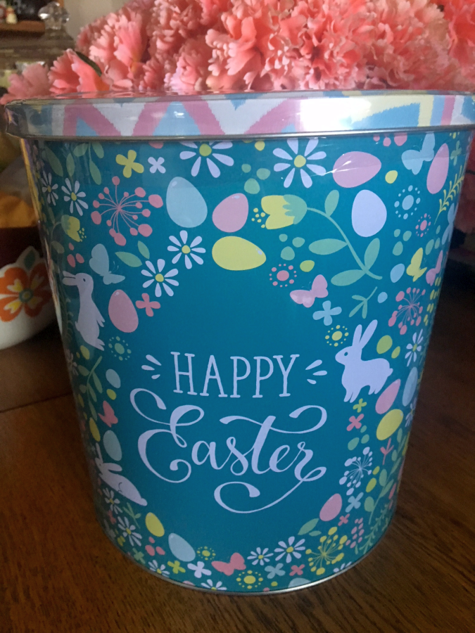 Happy Easter Popcorn Tin