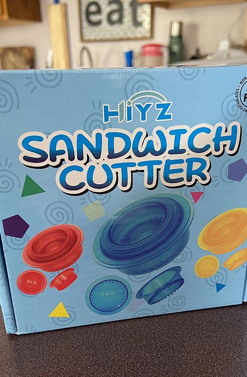 Uncrustable Style Sandwich Cutter